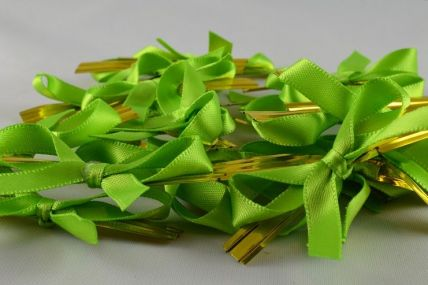 1157 - 6mm Green Satin Bows x 100 Pieces!!