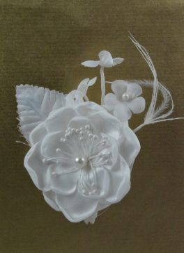 White Pearl Floral Pick