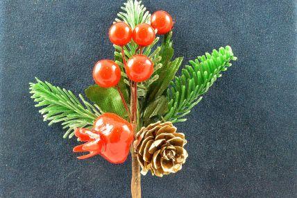 22035 - Christmas Floral & Pine Cones Picks