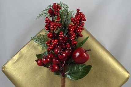 22045 - Small, Medium & Large Floral Berry Christmas Pick