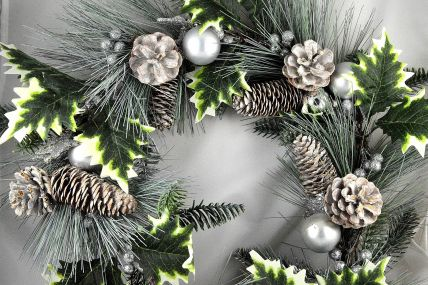 22049 - Silver Snow Christmas Pine Cones, Chestnuts & Baubles Garland