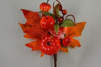 22055 - Golden autumn leaves, berries and fruits with a delicate central flower  - floral pick