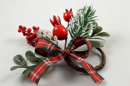 22061 - Christmas candle decoration with frosted pine needles, bright red berries and a lovely tartan bow