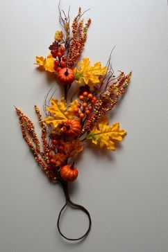 22063 - Large Autumn / Halloween display of leaves with golden orange natural delights - floral pick
