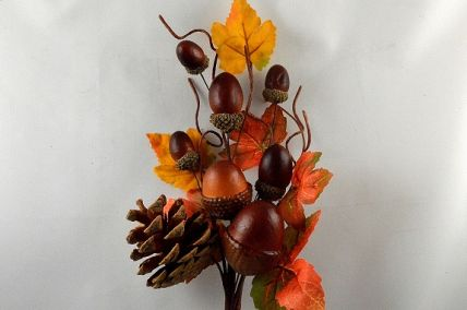 22075 - Autumn leaves with a scattering of acorns and pine cone natural delights - floral pick