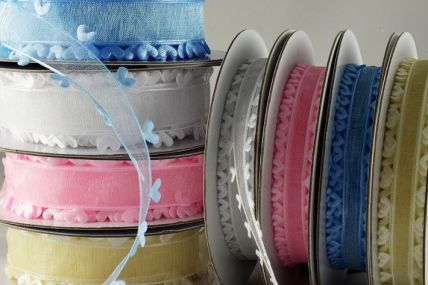 15mm & 25mm Coloured Heart Edged Ribbon x 10 Metre Rolls!!