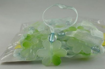 24mm Green Sunflower with a sheer loop x 24 pieces!