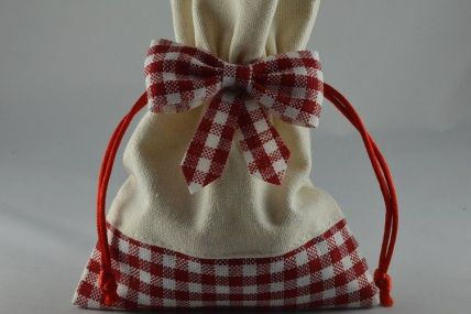 Red & Cream Gingham Gift Bags x 5!!