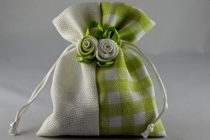 Green Flower Decorated Gingham Gift Bags x 5!!