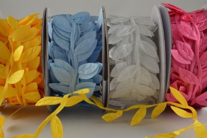 38mm Coloured Leaf Garland Decoration x 10 Metre Rolls!!