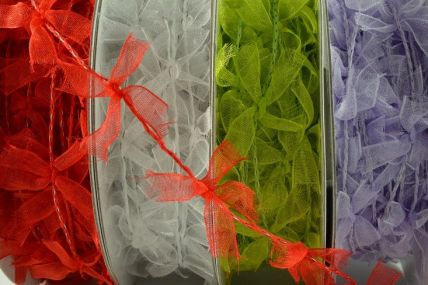 25mm Coloured Wired Bow Garland x 10 Metre Rolls!