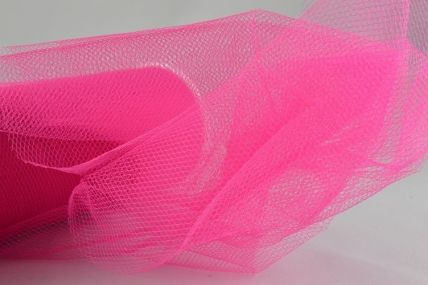 150mm Fuschia Nylon Tulle Fabric x 10 Metre Rolls!!