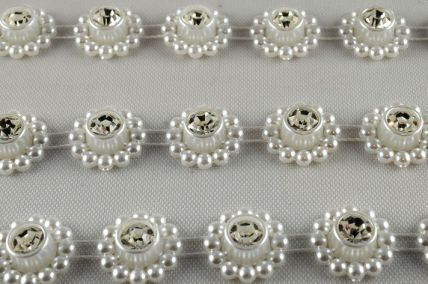 14mm White Bead Decorations with Central Crystal x 3 Metre Rolls!!