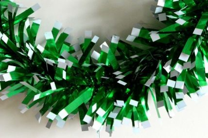 Green Christmas Wrapping Tinsel  x 2 Metre Lengths!