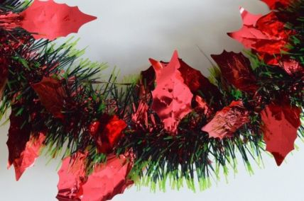 Red Triple Coloured Holly Leaf Christmas Tinsel x 2 Metre Lengths!