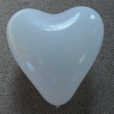 """12"""" White Love Heart Latex Balloons (Pack of 6)"""