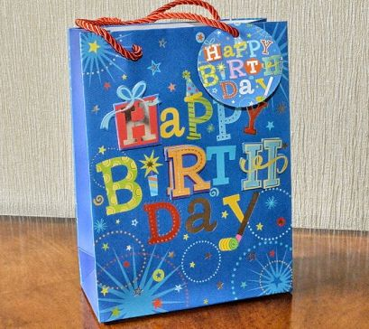 Small & Medium 3D Happy Birthday Gift Bags & Tag!!