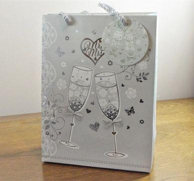 88125 - Small or Medium Wedding Mr & Mrs Champagne Gift Bag & Tag!!