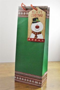 Green Merry Christmas Bottle Bag with Santa Tag!!