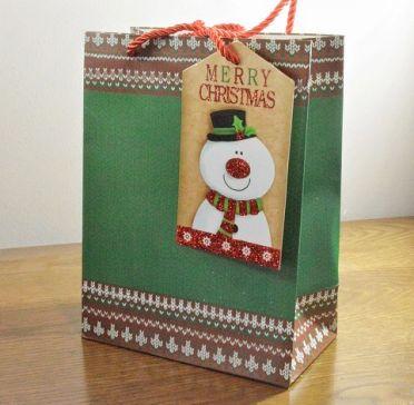 Small & Medium Green Merry Christmas Gift Bags & Snowman Tag!!